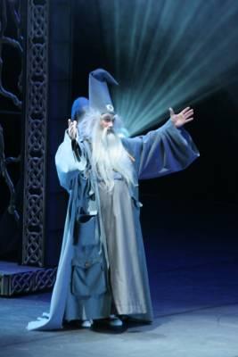 Merlin l 39 enchanteur au palais des congr s - Le roi arthur et les chevaliers de la table ronde ...